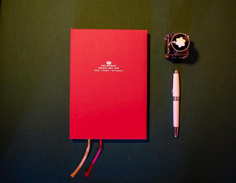 Eine große Auswahl von farbiger Tinte gibt jedem geschriebenen Wort eine besondere Betonung.